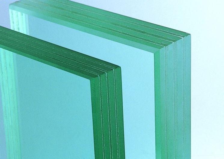 Struttura interna del vetro stratificato