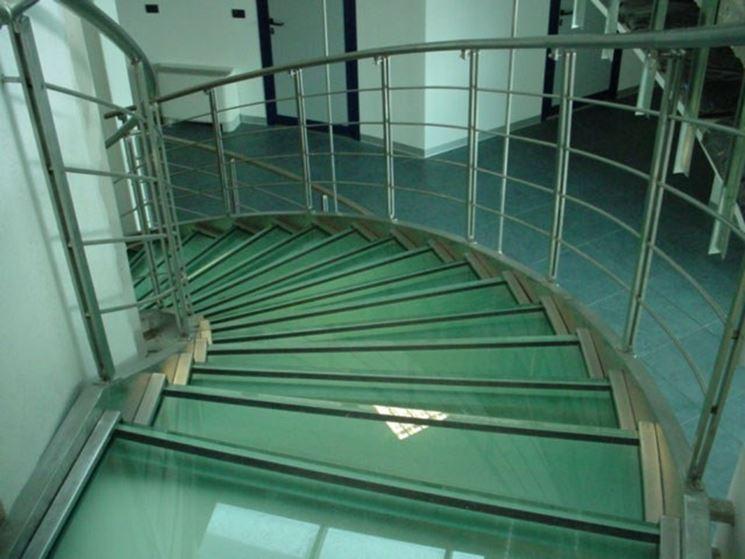 Applicazione vetro stratificato
