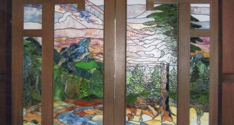 Come realizzare porte con vetri lavorare il vetro - Porte a soffietto colorate ...