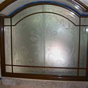 Esempio di finestra realizzata con vetro satinato