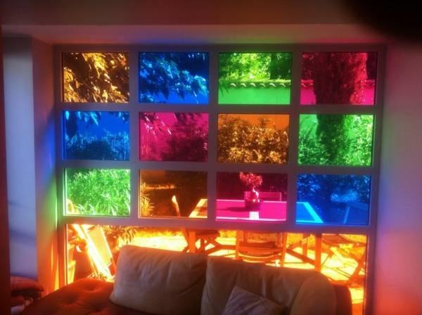 Utilizzi del vetro colorato lavorare il vetro utilizzi del vetro colorato - Vetri colorati per finestre ...