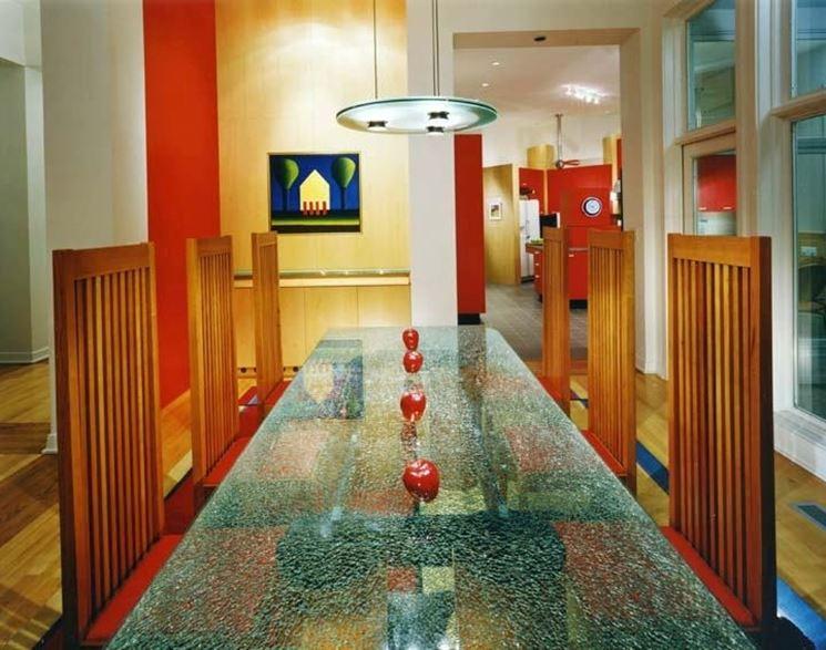 tavolo in vetro sabbiato