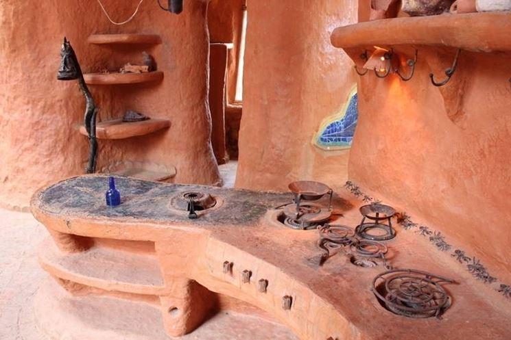 Cucina costruita in terracotta