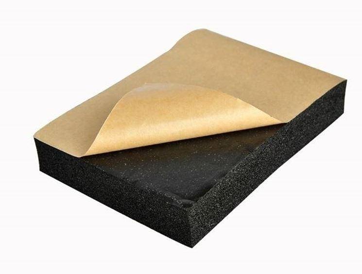I materiali isolanti possono essere sintetici, di origine minerale, animale o vegetale