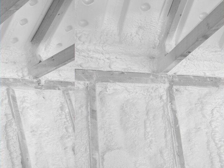 Coibentazione di pareti con poliuretano espanso
