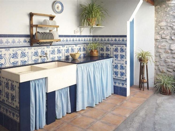 piastrelle decorative per un backsplash