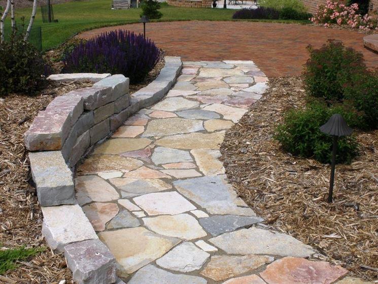 Come realizzare un vialetto in giardino arredamento per for Soluzioni x giardino