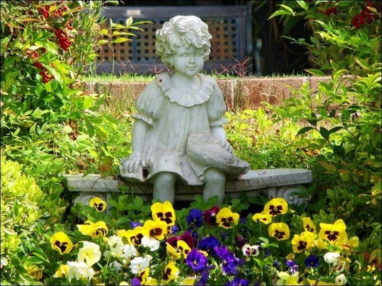 Statua di bambino