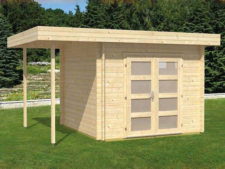 Box in legno con tettoia