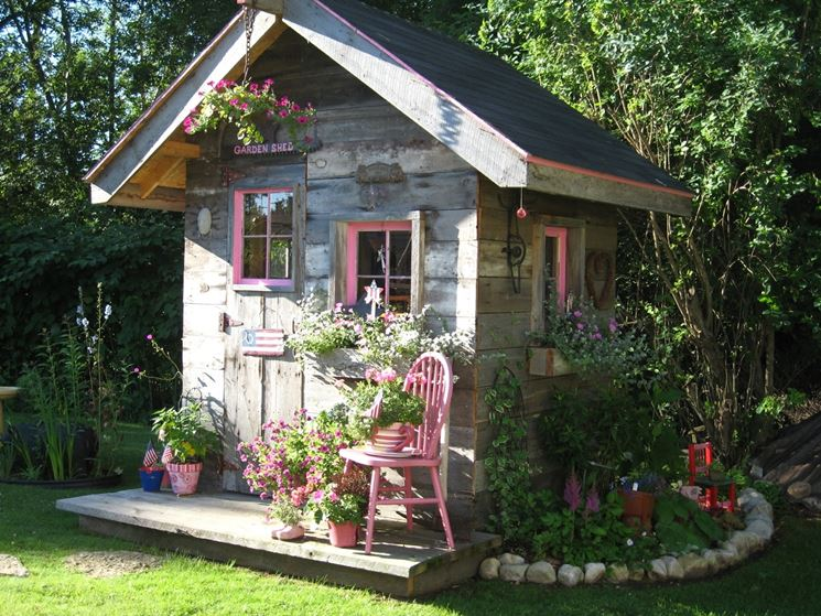 casetta attrezzi giardino