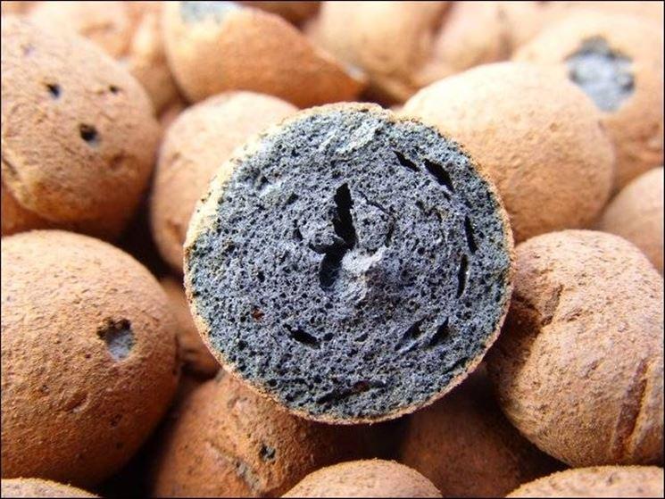 L'argilla espansa presenta molte caratteristiche di rilievo