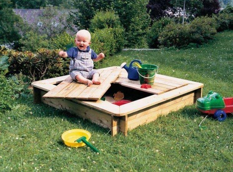 I migliori giochi da esterno materiali per giardini scegliere i giochi per bambini da esterno - Scivoli da esterno per bambini ...