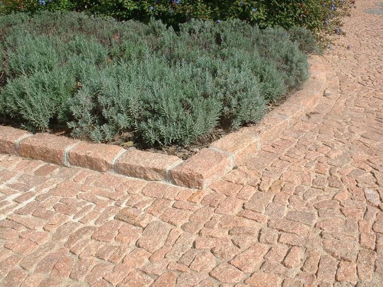 realizzare i cordoli per aiuole materiali per giardini