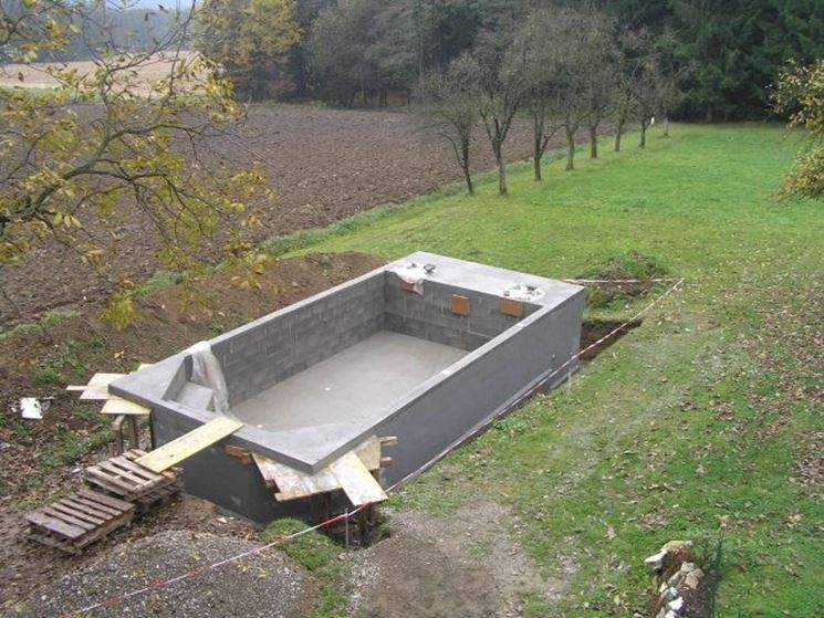Come costruire una piscina interrata piscina fai da te for Piscina fai da te