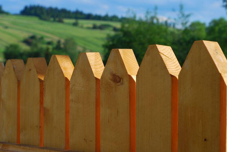 Steccato Per Giardino : Pali in legno per recinzioni staccionate e steccati