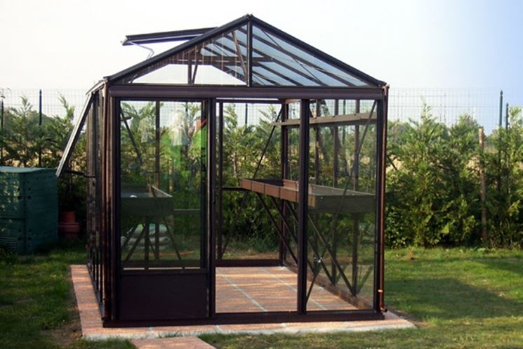 ... serre - Serre da giardino - come valutare il prezzo piccole serre