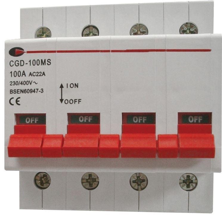 Interruttore magneto termico