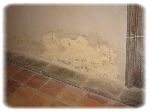 Come eliminare le infiltrazioni dalla cantina gli - Come eliminare la muffa dalle pareti interne ...