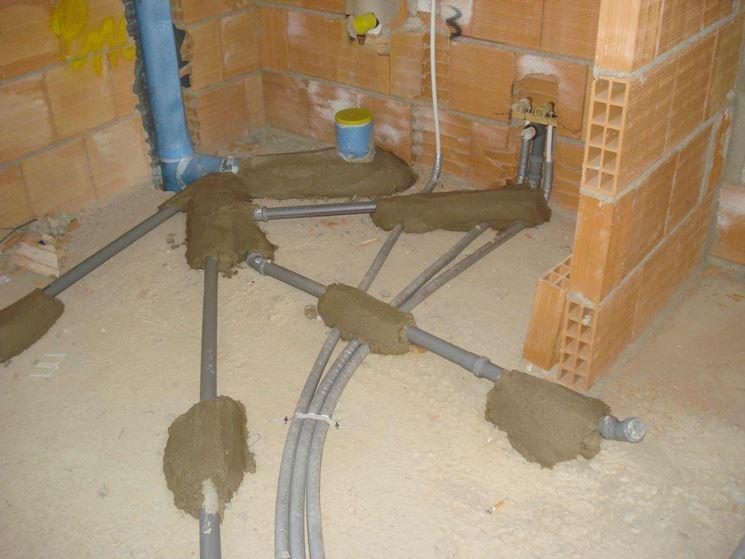 Come sistemare l 39 impianto di scarico gli impianti idraulici impianto di scarico - Scarichi bagno pendenze ...