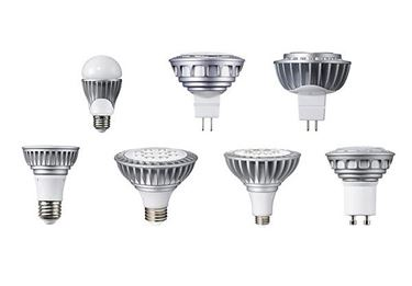 Vari modelli di lampadine a LED