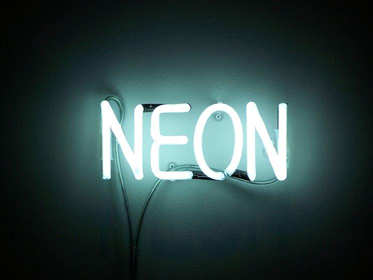... una luce al neon - Illuminare - Luci al neon, tipologie e consumo