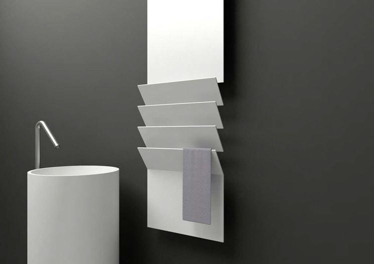 Radiatori in alluminio scalda-saviette dal design minimalista