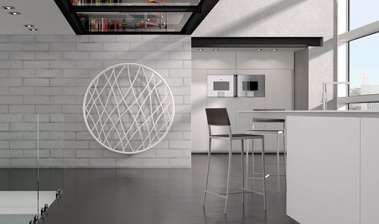 Radiatore minimalista che arreda una cucina