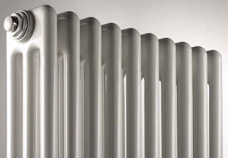 Scelta dei radiatori riscaldamento per la casa guida for Caloriferi da arredamento