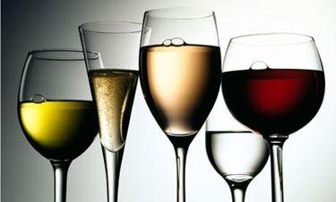 Calici in plastica per vino