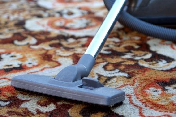 Il tappeto può essere pulito anche con aspirapolvere