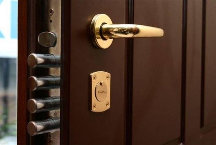 Migliori serrature di sicurezza chiavi e serrature for Serratura bloccata chiave non gira