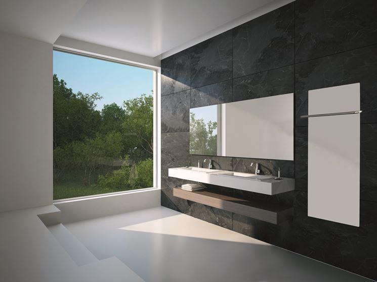 bagno con pannelli a infrarossi in vetro