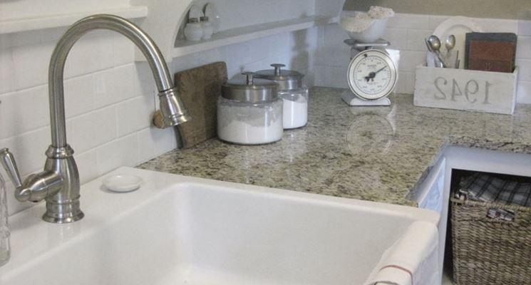 Installare lavelli in ceramica componenti cucina come - Lavelli da bagno ...