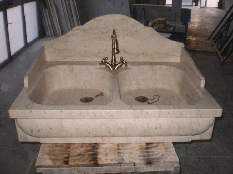 Migliori lavelli da cucina in marmo componenti cucina - Marmo per piano cucina ...