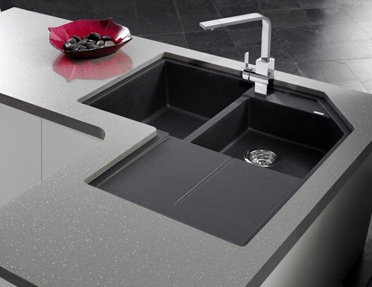 Modelli di lavabo ad angolo componenti cucina for Modelli di sedie per cucina