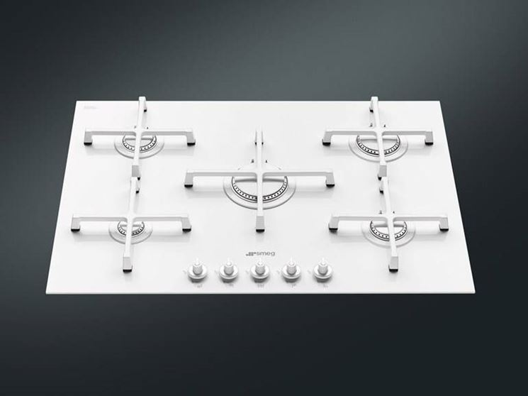 Esempio di piano cottura elettrico in vetroceramica.
