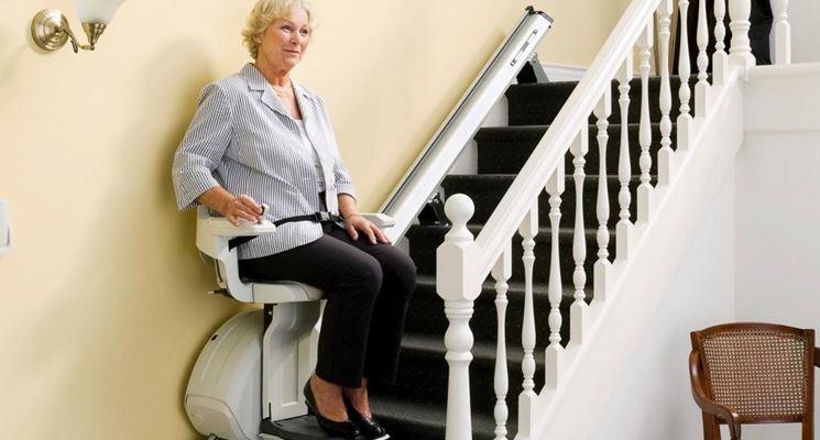 Ascensore per scale per disabili
