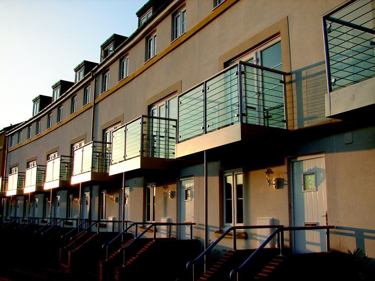 Balconi condominiali aggiungono qualità e carattere