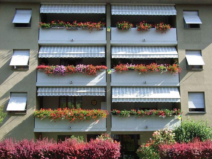 Balconi in condominio costruire una casa for Balconi condominio