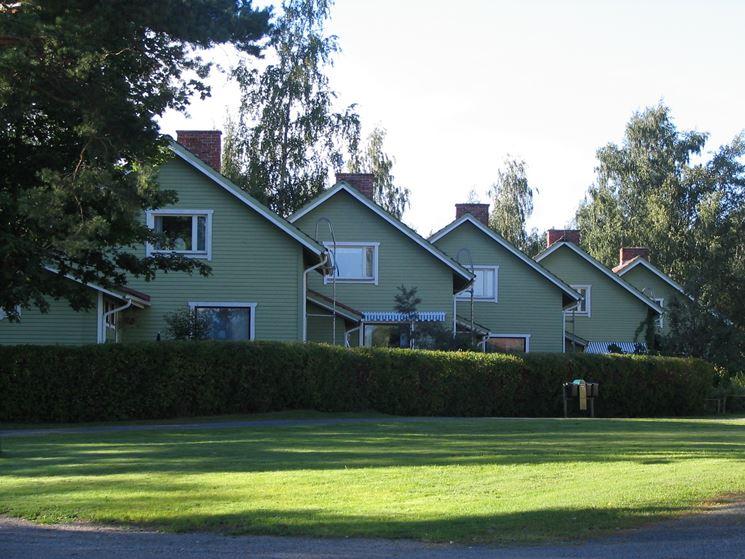 case a schiera con giardino