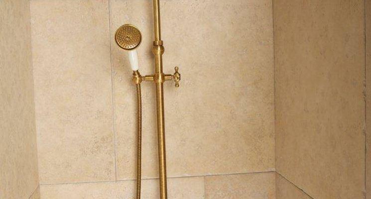 Colonna doccia in oro