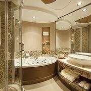 Bagno di lusso con design in legno