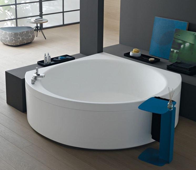 Modelli di vasche angolari il bagno vasche da bagno - Vasca da bagno muratura ...