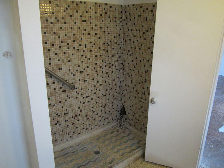 Prezzi e modelli dei piatti doccia rettangolari il bagno piatti doccia rettangolari - Piatto doccia incassato nel pavimento ...