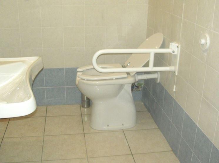 Realizzare un bagno per disabili il bagno realizzare - Come realizzare un bagno ...