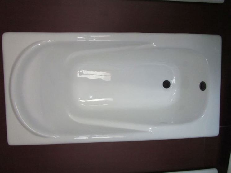 Immagini di pareti pitturate in vetroresina - Costo vasca da bagno ...