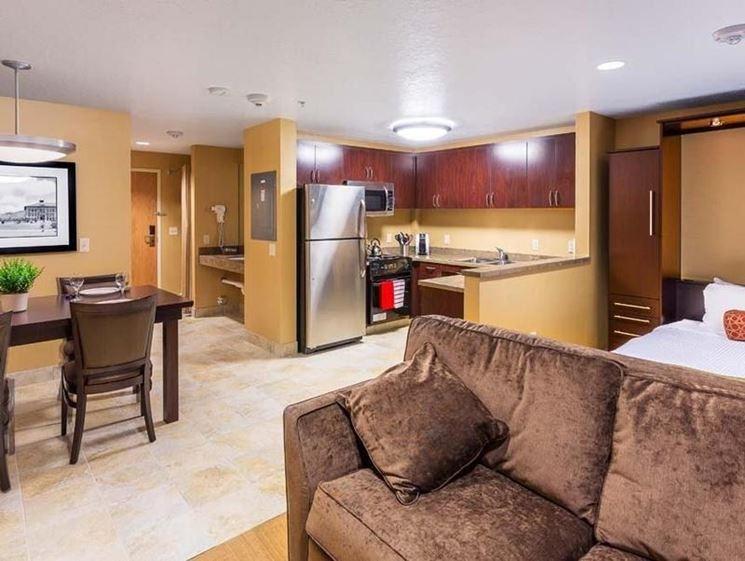Angolo cottura in soggiorno la cucina consigli per costruire l 39 angolo cottura in soggiorno - Soggiorno angolo cottura soluzioni ...