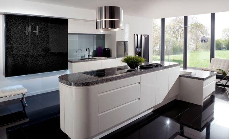 La funzionalità in una cucina passa anche attraverso gli eletrodomestici