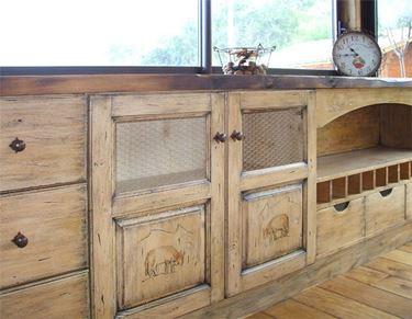 Cucina in tinta legno