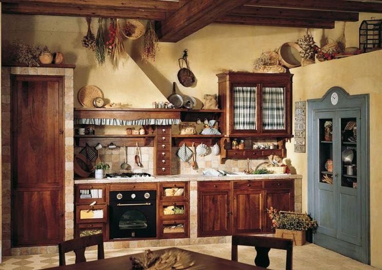 arredi country di una cucina